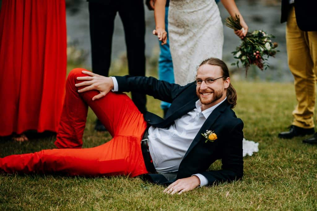 groomsman in red steals the show